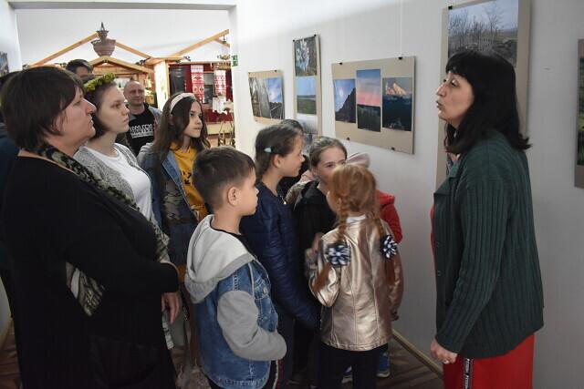 Воспитанники Детской мастерской по русской росписи посетили краеведческий музей